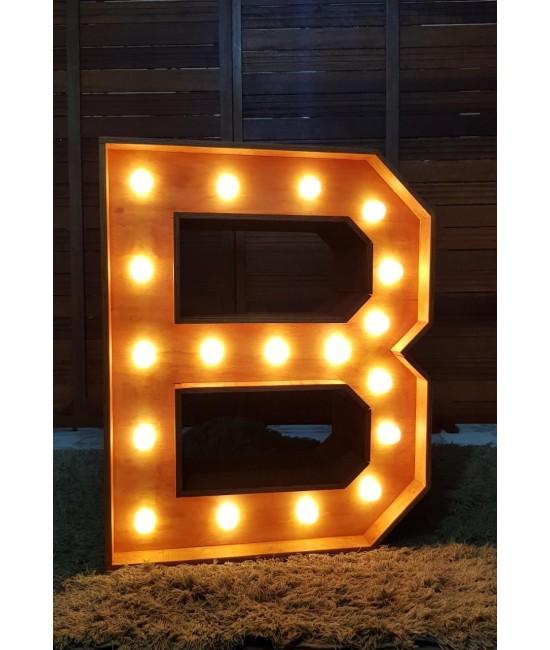 "Letra ""B"" Luminosa 0,83 x 1,05 (LxH)"